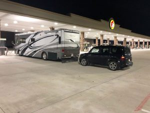 What Are The Best Cars to Tow behind RVs?